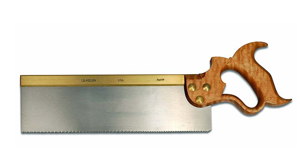how to hold a tenon saw